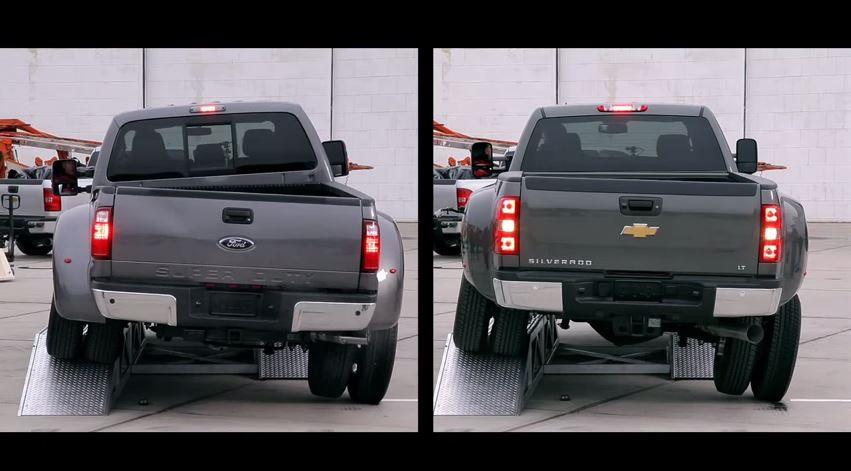 CHEVY-Silverado-3500HD-vs-FORD-Super-Duty.jpg