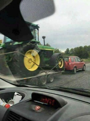 towing tractor.jpg